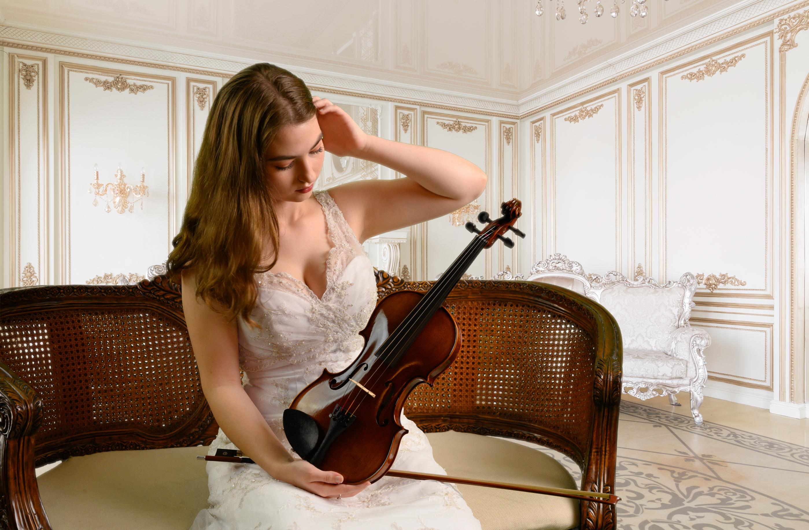 capriccio-violin-front-2-.jpg