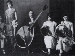 gibson-mando-bass-650-80